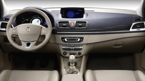 Oficial: Noul Renault Megane costa 12.900 euro cu TVA8807