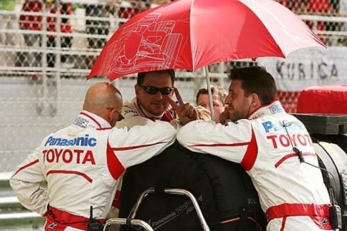 Button castiga in Malaezia in urma opririi cursei din cauza ploii torentiale8732