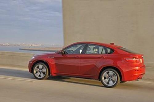 Imagini oficiale cu BMW X6 M8686