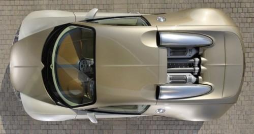 Imagini cu un Bugatti Veyron  auriu8614