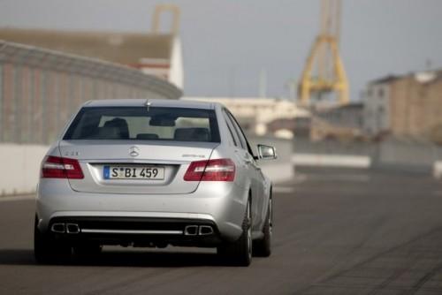 OFICIAL: Noul Mercedes E63 AMG8514