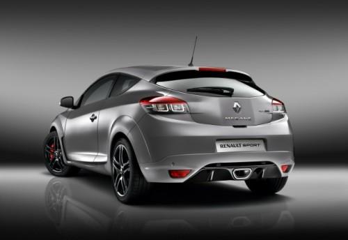 Noi fotografii cu Renault Megane RS8011