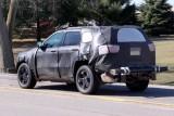 Noua generatie de Jeep Grand Cherokee spionata!7997