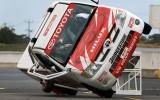 Timo Glock a mers cu Toyota Hilux pe doua roti7940
