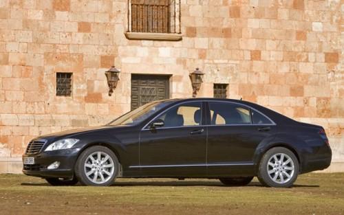 Recall rusinos: Mercedes S-Klasse are probleme la incuietorile usilor7936