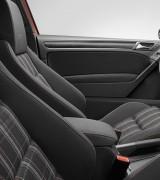 Volkswagen lanseaza noul Golf VI GTI!7920