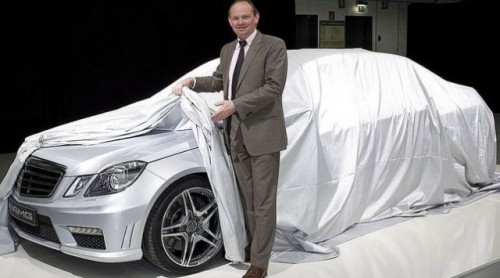 Mercedes a lansat o imagine de presa cu E63 AMG!7881