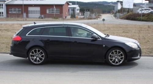 Imagini spion cu Opel Insignia Sports Tourer OPC!7866