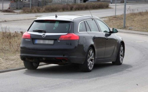 Imagini spion cu Opel Insignia Sports Tourer OPC!7867