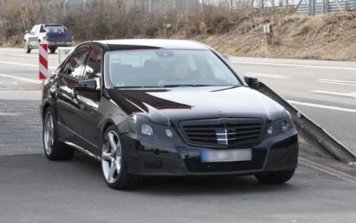 Noi imagini cu Mercedes E63 AMG!7863