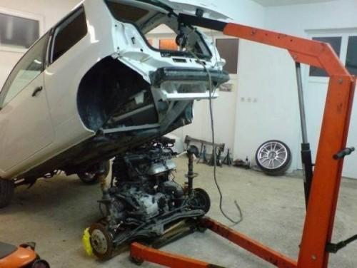 Video cu demarajul unui Volkswagen Lupo cu doua motoare VR6!7836