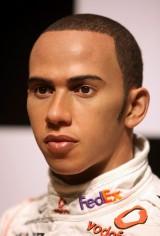 Lewis Hamilton ajunge statuie7816