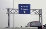 VIDEO: Femei la volan7787