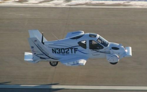 VIDEO: Au inceput testele la masina-zburatoare7771