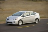 Toyota pregateste un rival mai ieftin pentru Honda Insight!7685