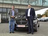 Hagi a primit noul BMW 750 Li7630