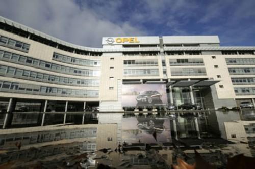 GM vrea sa vanda Opel7413
