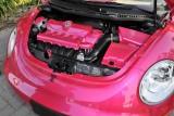 VW Beetle roz, promovat de Heidi Klum7322