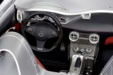 Iata noul supercar Mercedes SLR Stirling Moss!7315