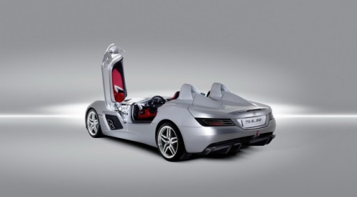 Iata noul supercar Mercedes SLR Stirling Moss!7308