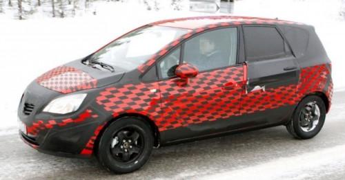 Opel Meriva zarit in inzapezita Suedie!7155