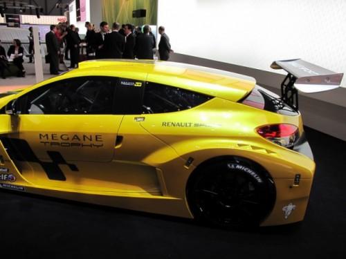 Geneva 2009: Renault Megane Trophy RS7055