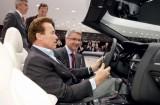 Arnold Schwarzenegger a vizitat Salonul Auto de la Geneva6677
