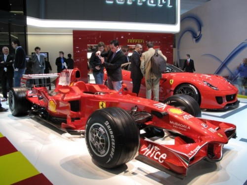 Geneva 2009 LIVE: Standul Ferrari6573