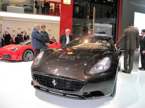 Geneva 2009 LIVE: Standul Ferrari6588