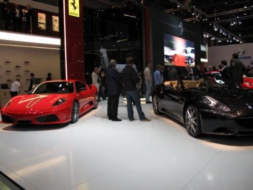 Geneva 2009 LIVE: Standul Ferrari6592