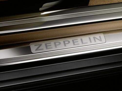 Simbolul elegantei la salonul auto de la Geneva!5256