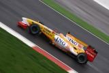 Monopostul ING Renault F1 Team R294536