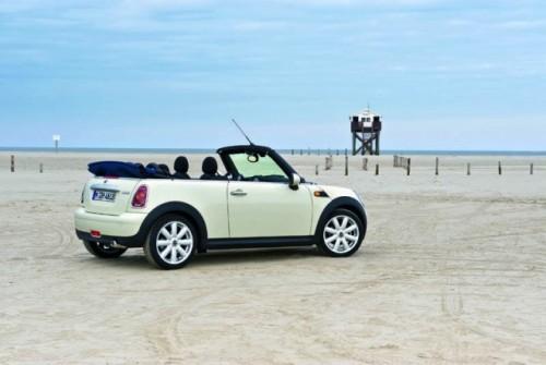 Mini Cabrio debuteaza la Detroit!4319