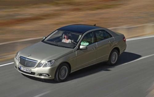 Traditia primeste o modernizare - Mercedes-Benz E-Class!4284