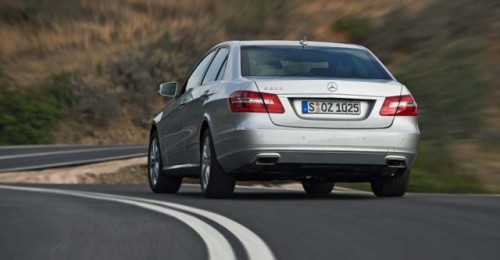 Traditia primeste o modernizare - Mercedes-Benz E-Class!4287