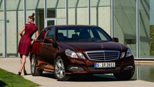 Traditia primeste o modernizare - Mercedes-Benz E-Class!4293