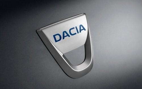 Angajatii uzinei Dacia se intorc luni la lucru4279
