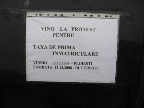 Taxa auto: sute de oameni in strada in Capitala3612