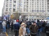 Taxa auto: sute de oameni in strada in Capitala3614