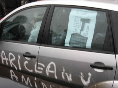 Taxa auto: sute de oameni in strada in Capitala3622