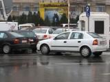Taxa auto: sute de oameni in strada in Capitala3643