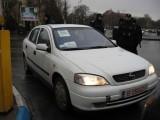 Taxa auto: sute de oameni in strada in Capitala3647