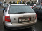 Taxa auto: sute de oameni in strada in Capitala3653