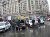 Taxa auto: sute de oameni in strada in Capitala3632