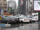 Taxa auto: sute de oameni in strada in Capitala3644