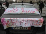 Taxa auto: sute de oameni in strada in Capitala3668