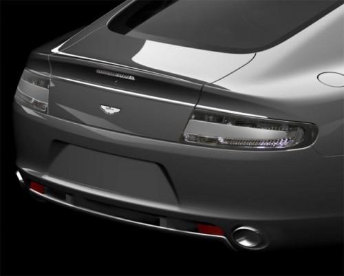 Eleganta britanica in ritm de mars - Aston Martin Rapide3593