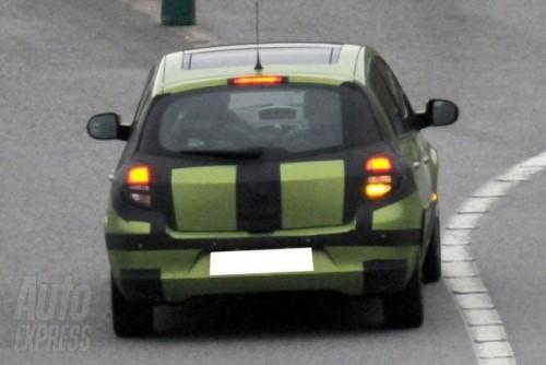 Imagini in premiera cu noua generatie de Renault Clio!3488