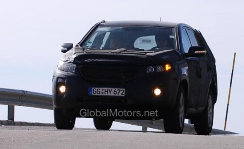 Kia Sorento - Noi imagini cu interiorul modelului din 20103340