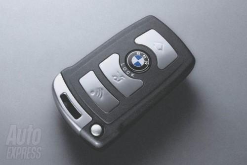 Plateste cu cheia BMW ului!3184